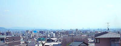 西陣病院、建物より南は京都市内が一望できます