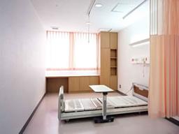 西陣病院、本館 病室(個室)